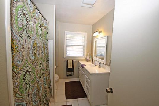 House A Bath