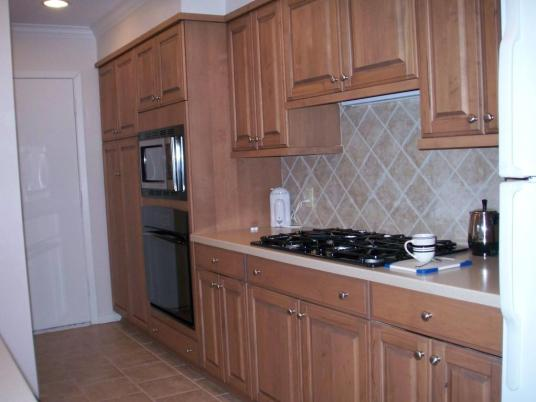 I like this kitchen because it makes me think of my mom. Maybe Emily can have my mom over?